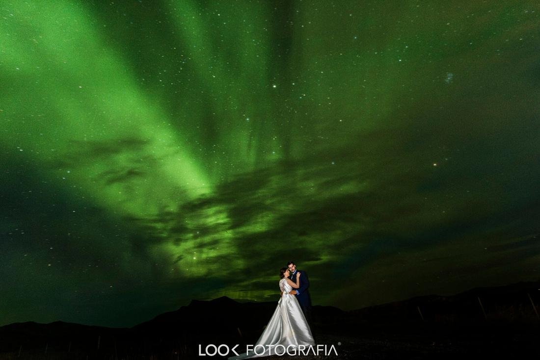 Northern Lights Wedding Photography Plane Crash Night Iceland